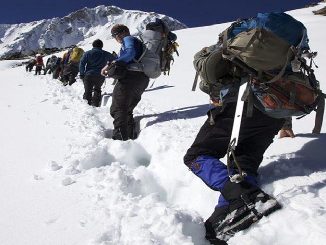 Climbing Ishinca (5550m – 18204ft)