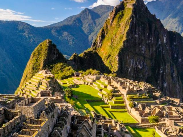 Inka trail Trek to Machupicchu – 4 Days / 3 Nights