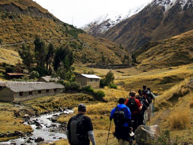 Lares Trekking – 5 days / 4 Nights