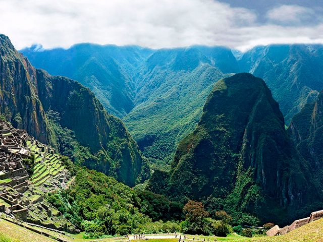 Tours to Macchupicchu 1 day, 2 days / Tours to Sacred Valley