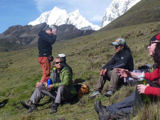 Combined Quilcayhuanca trek + Ishinca Tocllaraju